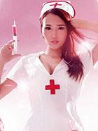 美护士写真,打针时你的眼睛看向哪儿?