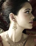 珠光宝气的印度新娘