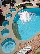 世界上最有创意的游泳池