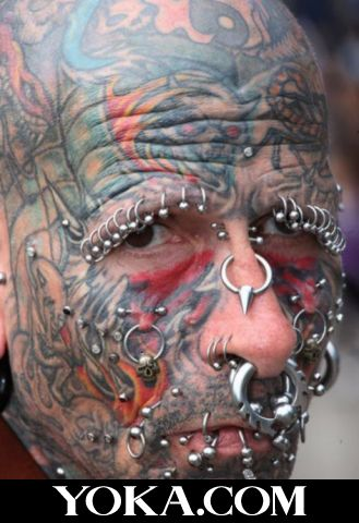 """那些让人无语的""""惊悚""""纹身"""