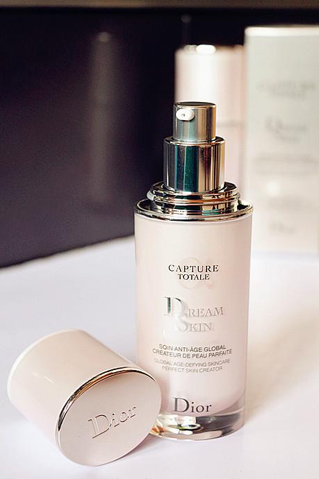 最夯的Dior梦幻乳,让素颜的你也是美女!