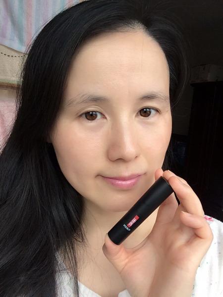 羽西唇膏,给双唇的灵芝养护和元气色彩