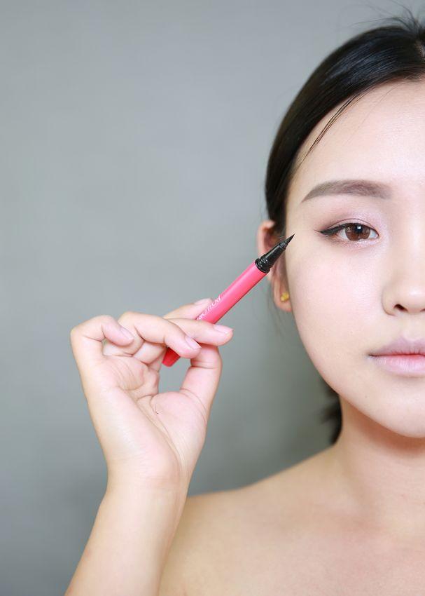 【__邹邹__】绒绒感眉妆  打造韩式短发新娘