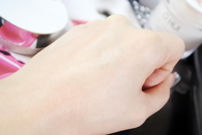 【刘玳彤】一天五分钟!用神奇面霜做个自助童颜按摩吧