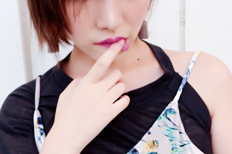 【允妍】性感冷艳极简Style,干燥秋季护手正当时