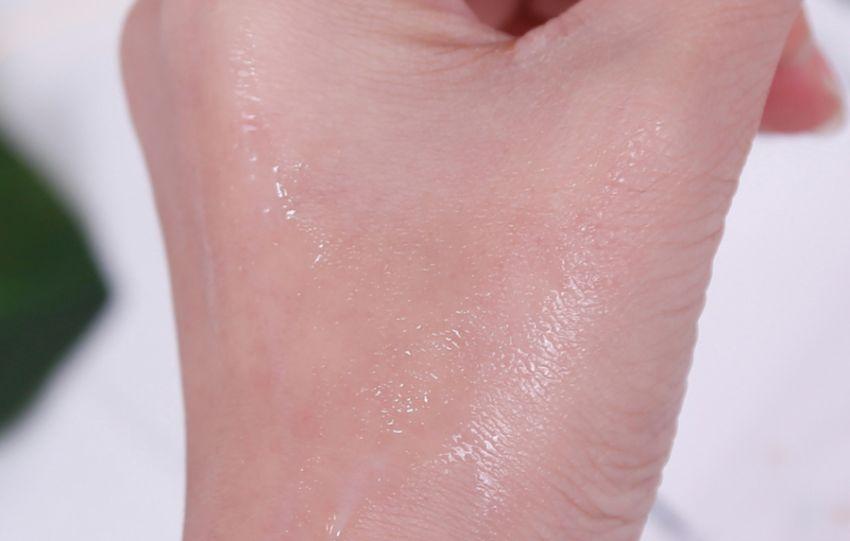 【JJyan】让拥有清香玫瑰的lavill兰薇欧解决肌肤各种小状况