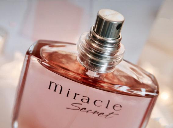 兰蔻奇迹密语用淡香诠释女士香水什么味道好